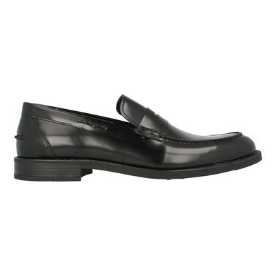 Leather Moccasins in Polished Leather (Black)