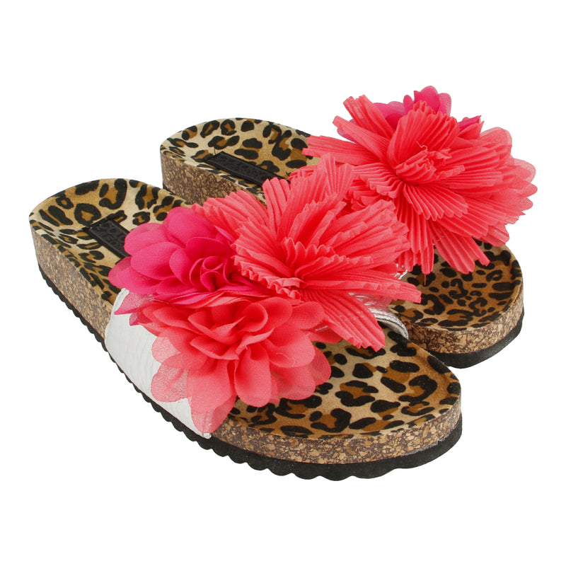 Bio-Sandals with Floral Applications and Spotted Insole