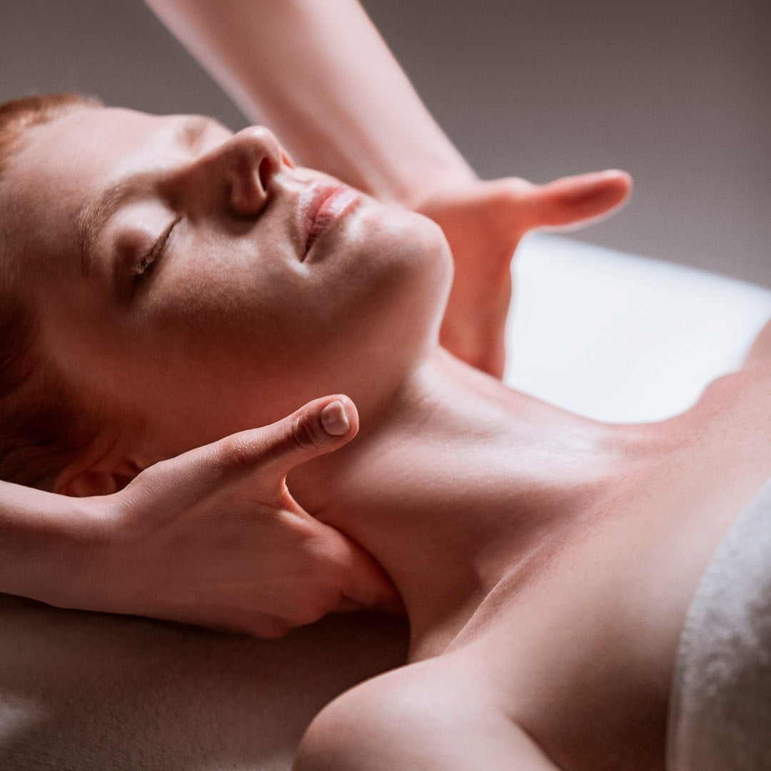 The Phyto-Aromatic Hydrating Facial (60 min)