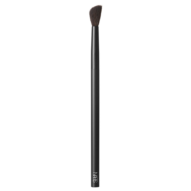 #10 Radiant Creamy Concealer Brush