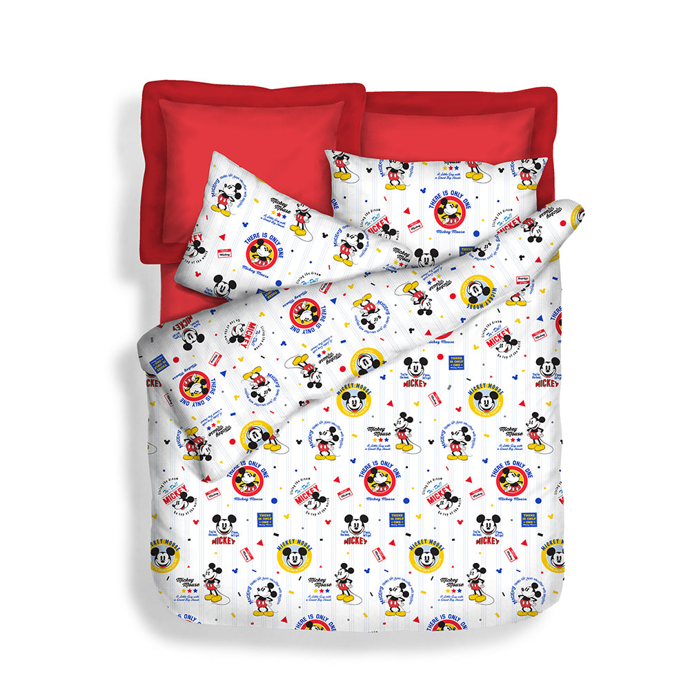 Disney 900TC 100% Microluxe Summer Light Quilt (Star Mickey)