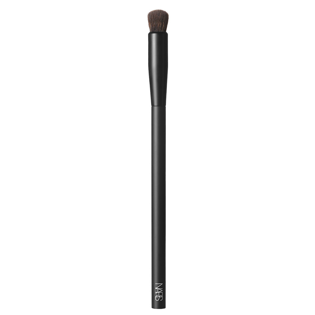 #11 Soft Matte Complete Concealer Brush