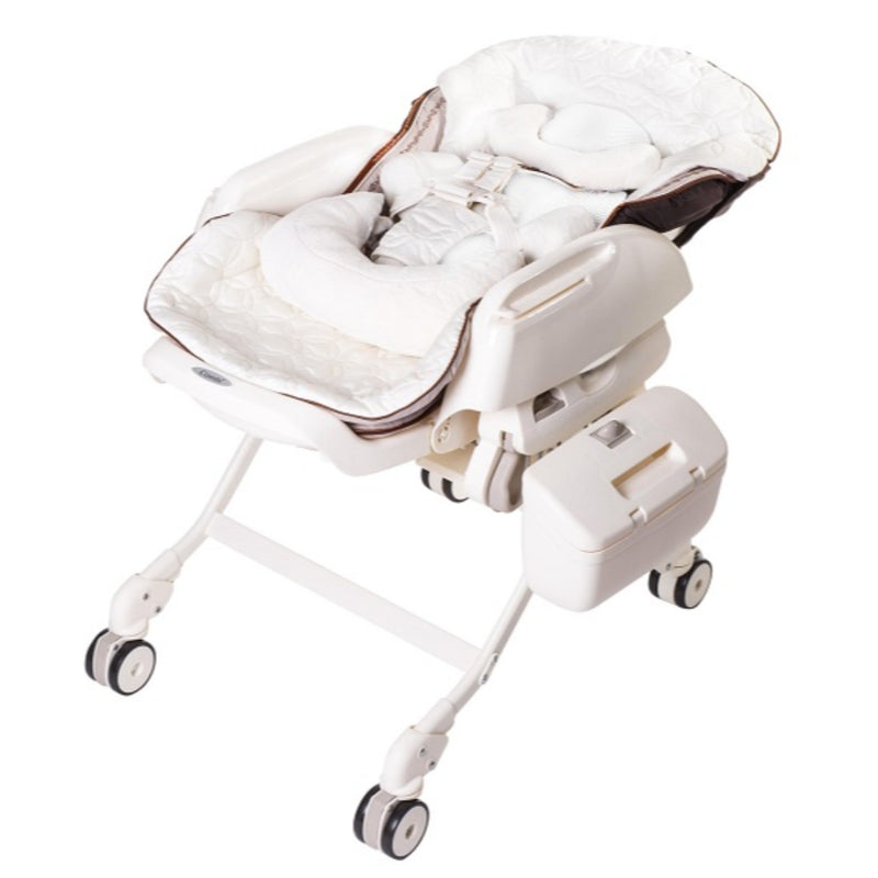Fealetto Aoto Swing  Parenting Station 12.6Kg 0~4 Years Old (White)