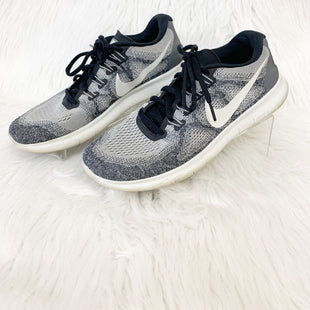 Primary Photo - BRAND: NIKE STYLE: SHOES ATHLETIC COLOR: GREY WHITE SIZE: 9 OTHER INFO: NO RETURNS SKU: 245-24518-79084