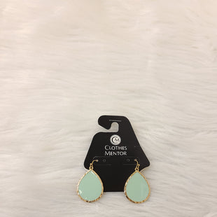 Primary Photo - BRAND:    CLOTHES MENTOR STYLE: EARRINGS COLOR: GOLD OTHER INFO: MINT TEAR DROPS- NO RETURNS SKU: 245-245199-3826