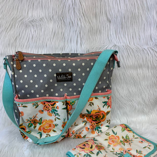 Primary Photo - BRAND: MATILDA JANE STYLE: DIAPER BAG COLOR: GREY WHITE SIZE: MEDIUM OTHER INFO: FLORAL DESIGN- NO RETURNSCHANGING PAD INCLUDED. VERY SPACIOUS WITH MANY COMPARTMENTS FOR ALL YOUR ON-THE-GO NEEDS  SKU: 245-245199-4248