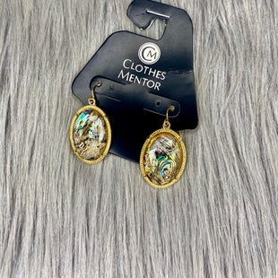 Primary Photo - BRAND:    CLOTHES MENTOR STYLE: EARRINGS COLOR: GOLD OTHER INFO: NO RETURNS J ABALONE SKU: 245-24518-73256