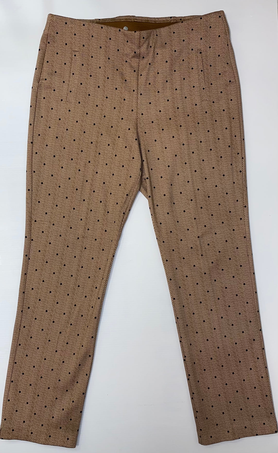 Primary Photo - BRAND: CHICOS <BR>STYLE: PANTS <BR>COLOR: POLKADOT <BR>SIZE: 14 <BR>OTHER INFO: SIZE 2.5 CHICOS- BROWN WHITE BLACK <BR>SKU: 245-245199-8396