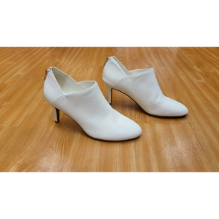 Primary Photo - BRAND: BANDOLINO STYLE: BOOTS ANKLE COLOR: WHITE SIZE: 9 OTHER INFO: NO RETURNS SKU: 245-24511-13109