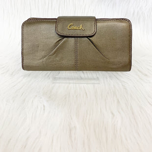Primary Photo - BRAND: COACH STYLE: WALLET COLOR: GOLD SIZE: MEDIUM OTHER INFO: NO RETURNS SLIGHT CRACKING ON INTERIOR WHERE WALLET FOLDS (SEE PICTURES) SKU: 245-24513-84243