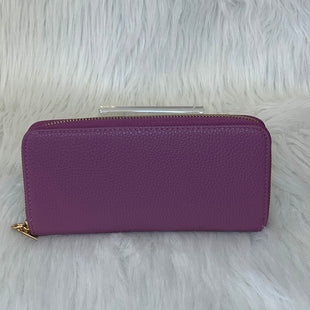 Primary Photo - BRAND:    CLOTHES MENTOR STYLE: WALLET COLOR: LAVENDER SIZE: LARGE SKU: 245-24513-75442