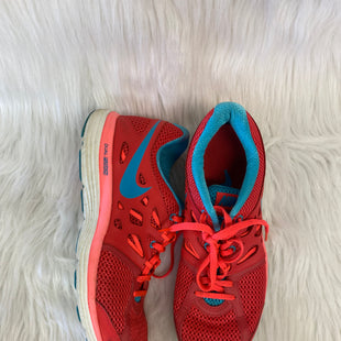Primary Photo - BRAND: NIKE STYLE: SHOES ATHLETIC COLOR: CORAL SIZE: 9.5 OTHER INFO: AQUA- NO RETURNS SKU: 245-245199-2946
