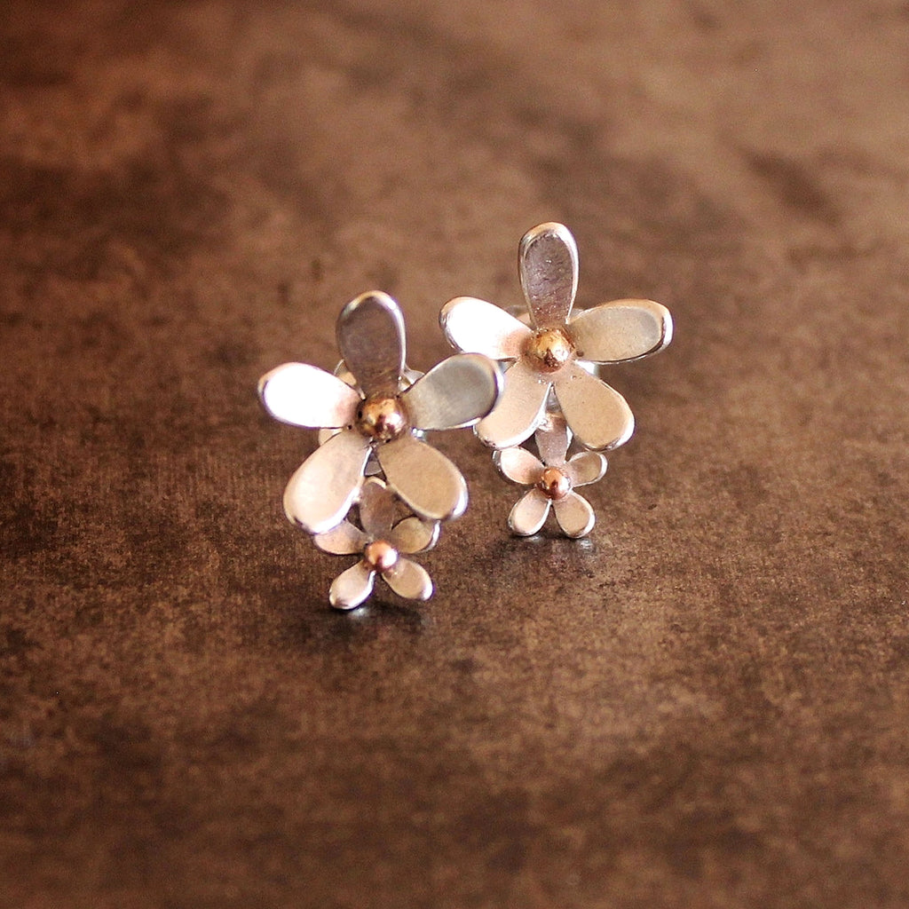 'Wildflower' double daisy studs