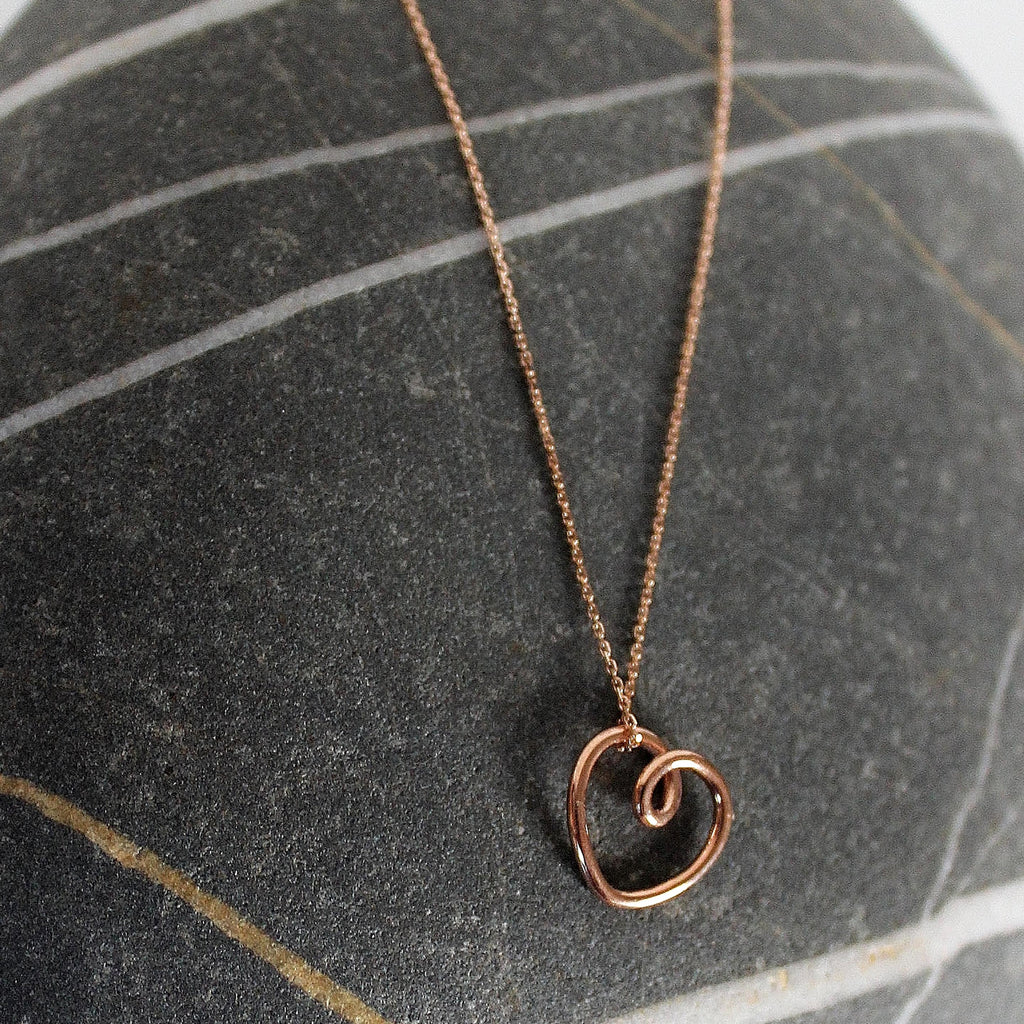'Heart of gold' Entwining pendant - small