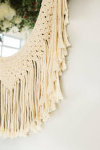Load image into Gallery viewer, Macrame Army