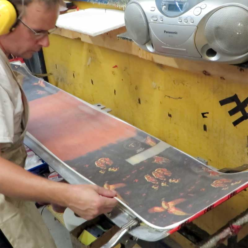 J skis factory putting on top graphic