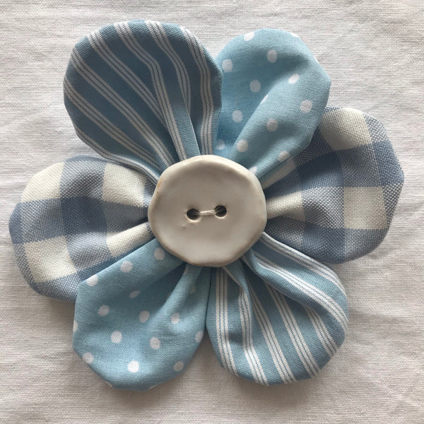 Flower Brooch (aqua mixed)