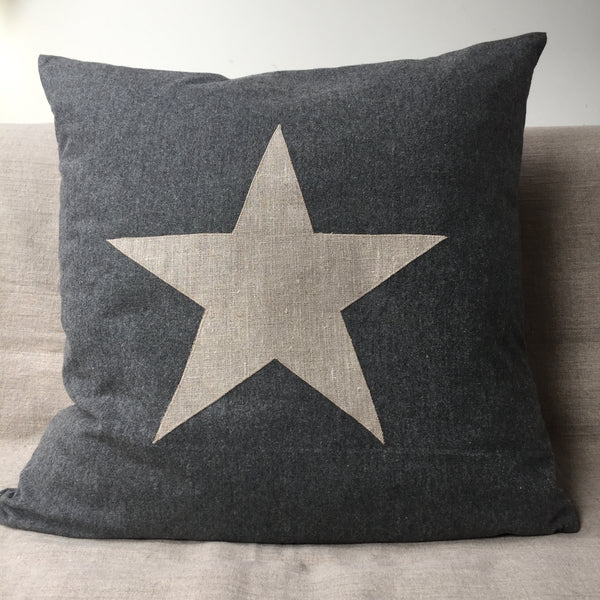Star Cushion large (grey cotton)