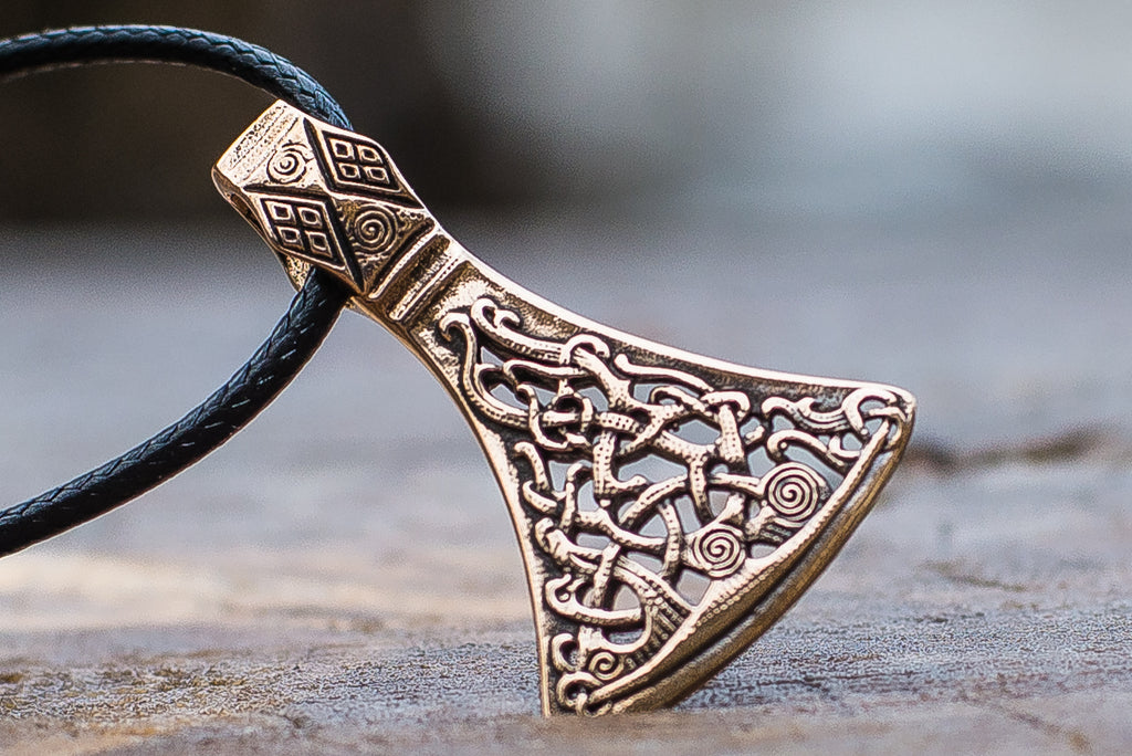 Viking Axe Bronze Pendant with Ornament from Mammen Village - Viking-Handmade