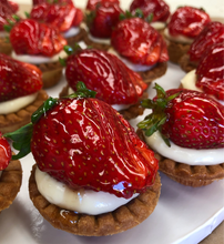 Load image into Gallery viewer, torta morango strawberry pie