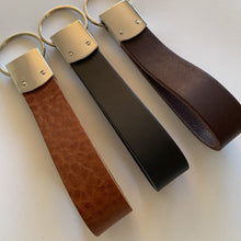 Laad afbeelding in Galerij-viewer, BLCK /CDR. Leather Keyhanger Cognac