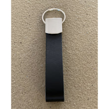 Laad afbeelding in Galerij-viewer, BLCK /CDR. Leather Keyhanger Black