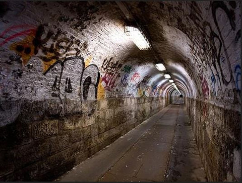 Graphic  Dirty Pedestrian Wall Tunnel Building Backdrop For Photography
