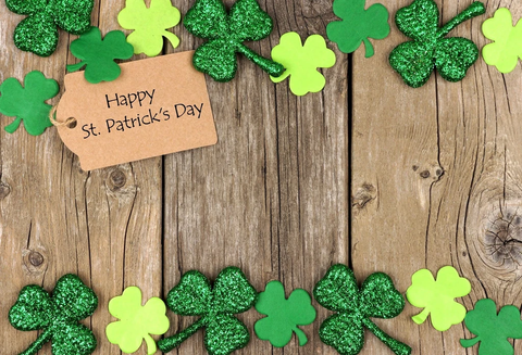 Happy St. Patrick's Day Wood Clover Backdrop G7