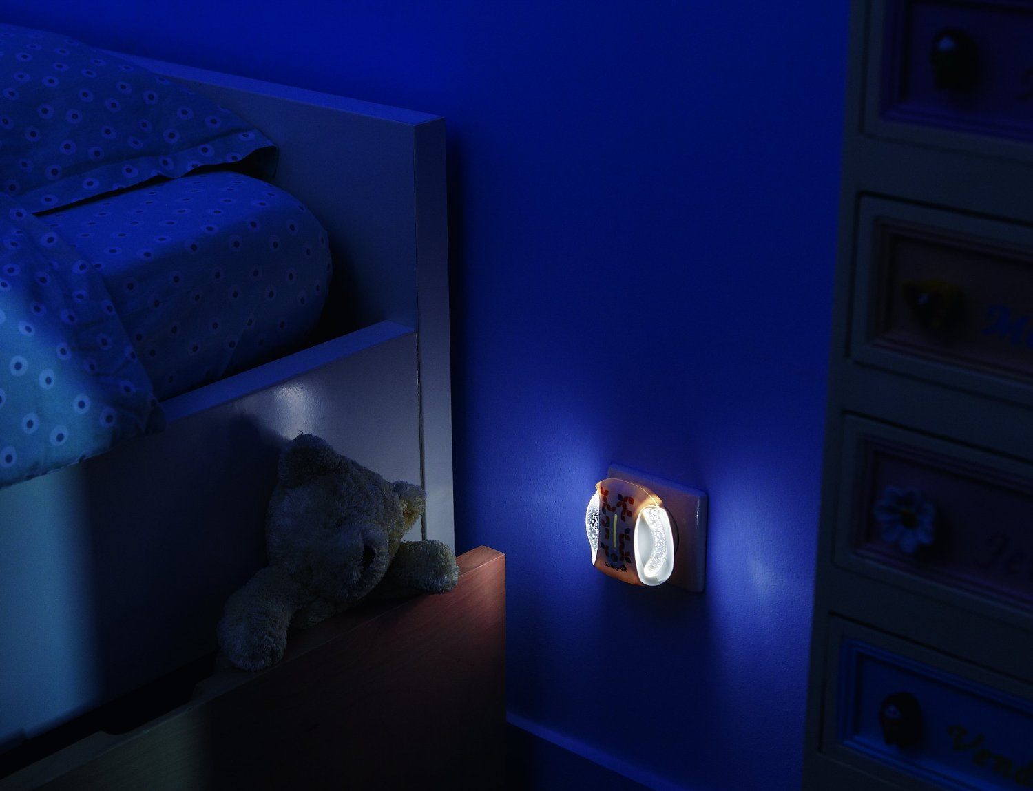 Safety 1st Automatic Night Light - Happy Baby