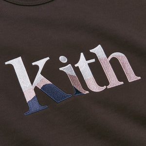 Kith Women Landscape Serif Embroidered Asher Crew - Saddle