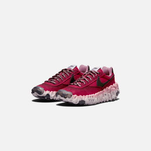 Nike Overbreak SP - Dark Beetroot / Black / Cardinal Red