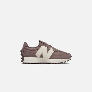 New Balance 327 - Black Fig / Sea Salt