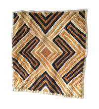 "Load image into Gallery viewer, Superb African Kuba Kasai Velvet Raffia Textile Zaire 25 ""by 22.25"""