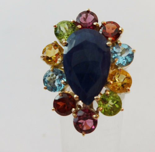 Superb 18K Gold Sapphire Ring w / Assorted colored  Brazilian stones 4.60 carats