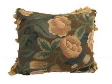Load image into Gallery viewer, Verdure Petit Point Pillow