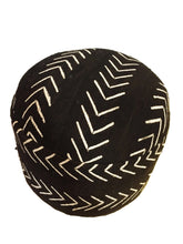 "Load image into Gallery viewer, African LG Round Malian Mud Cloth Ottoman 17"" H #637"