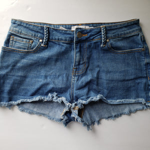 Gently Used Women's Kendall and Kylie Shorts Size 29