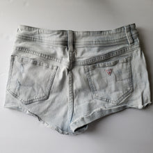Load image into Gallery viewer, Gently Used Women's Guess Shorts Size 28