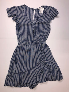 Gently Used Women's American Eagle Romper Size XS