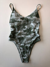 Load image into Gallery viewer, Previously Owned With Tags Women's Aerie Bathing Suit Size M