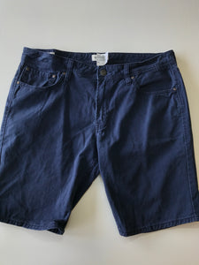 Gently Used Guys Jack&Jones Shorts Size XL