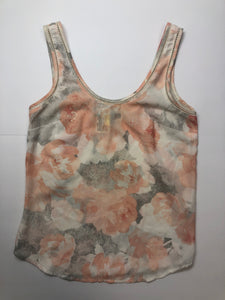 Gently Used Women's Dynamite Top Size XS