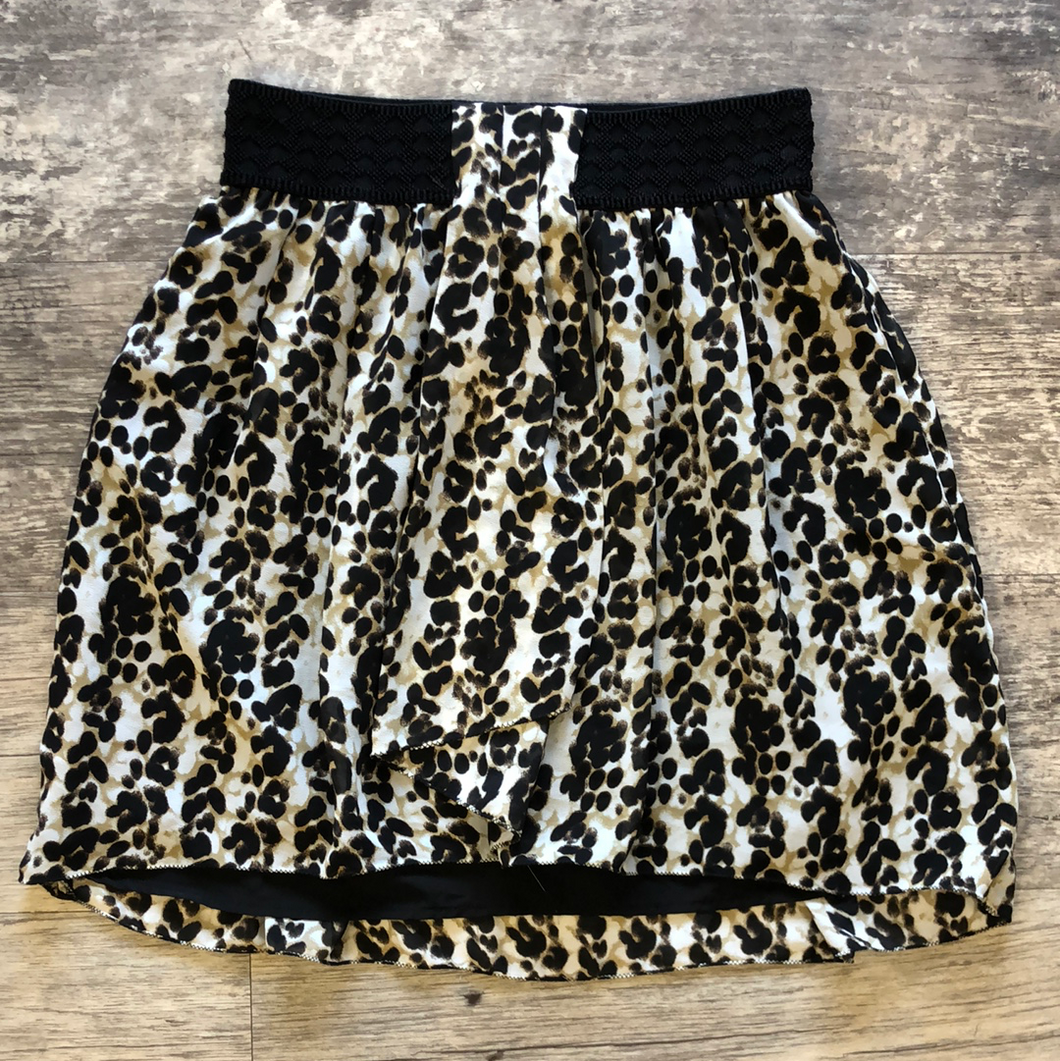 Gently used Dynamite Skirt Sz S