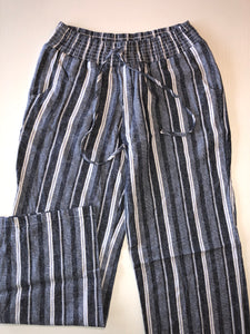 Gently Used Women's Maurices Pants Size M