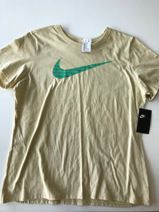 Previously Owned With Tags Women's Nike Top Size 2X