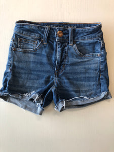 Gently Used Women's American Eagle Shorts Size 00