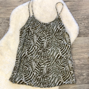 Gently used H&M Top Sz 6