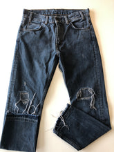 Load image into Gallery viewer, Gently Used Women's Levi's Denim Size 27