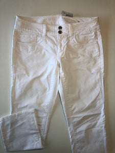 Gently Used Women's American Eagle Pants Size 6