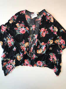 Gently Used Women's Ginger G Kimono Size S